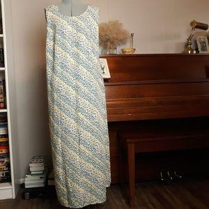☀️4/$18. 6/$20 Bobbie Brooks floral  dress